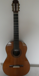 MICHAEL RITCHIE  Scotland  Cedar top  2004  Price : 3,250.00 GBP